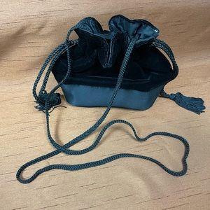 Drawstring velvet pouch